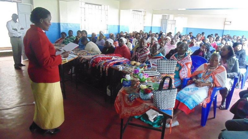 1024SILC-WOMEN-GROUPS-IN-THEIR-JOINT-MEETING-WITH-SOME-OF-VI102